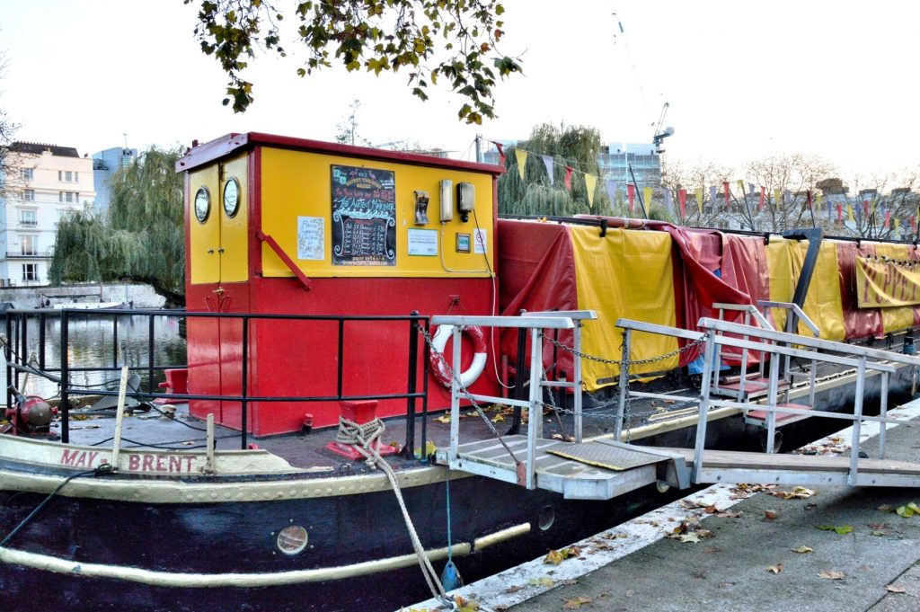 puppet-barge-londres-niños